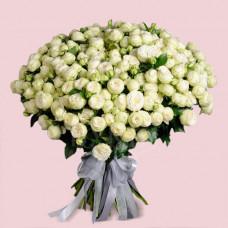 Букет из 51 розы спрей Сноу Ворлд