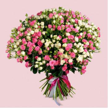 Букет из 55 роз спрей